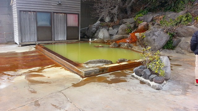 ⑤桜島シーサイドホテル露天風呂全体図