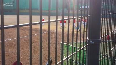 ⑨広島東洋カープを見に天福球場に着いた。選手たちが居残り練習