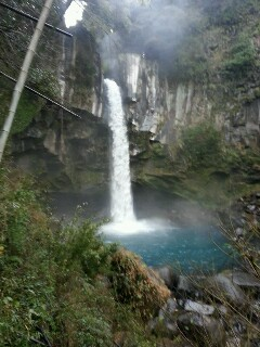 犬飼の滝は絶景です。滝壺がありました。