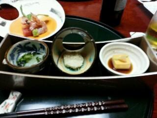 華耀亭の部屋で夕食 3種の珍味