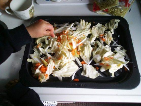 ビストロ2700の自動調理で焼きそばを作った